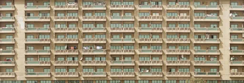 Na mesma proporção que cresce a procura pelas plataformas para locação de imóveis para curta estadia, como o Airbnb, aumentam os desajustes que a popularização da novidade incita